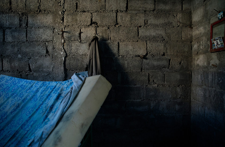 Delphin Fernadez's hut as it was photographed two weeks after he passed away, with his mattress and coat. January 2017, Cienfuegos, Cuba. © Oded Wagenstein